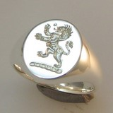 Lion rampant crest engraved signert ring